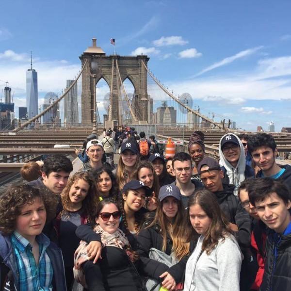 Groupe REGARDS sur le pont de Brooklyn